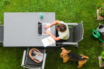 Using garden WiFi to work outdoors