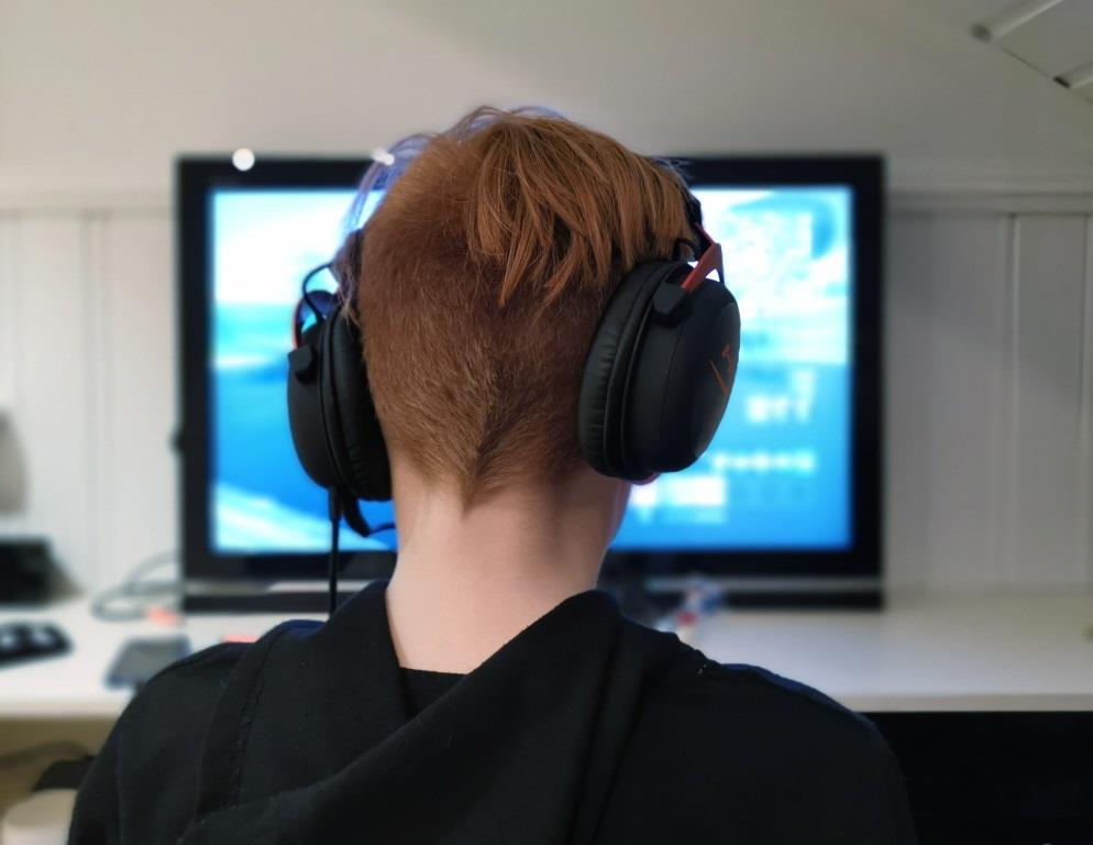 Online gaming teens need reliable WiFi